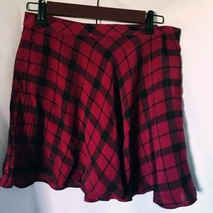 Red & Black Plaid Skater Skirt - Forever 21
